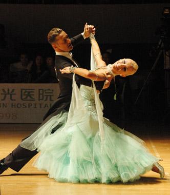 国标舞摩登大赛_舞蹈系列之_摩登舞_音乐常识_歌谱收藏站
