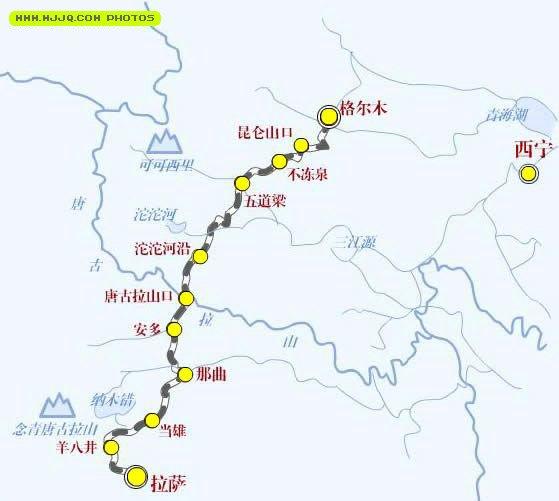 青藏铁路西宁至拉萨全长1956公里,其中西宁至格尔木814公里已于1979年铺通,1984年投入运营。新开工修建的青藏铁路格尔木至拉萨段北起青海省格尔木市,经纳赤台、五道梁、沱沱河、雁石坪、翻越唐古拉山,再经西藏自治区安多、纳曲、当雄、羊八井、纳之西藏自治区首府拉萨市,全长1142公里,其中新建铁路(南山口至拉萨)1110公里,格尔木至南山口32公里为既有线。